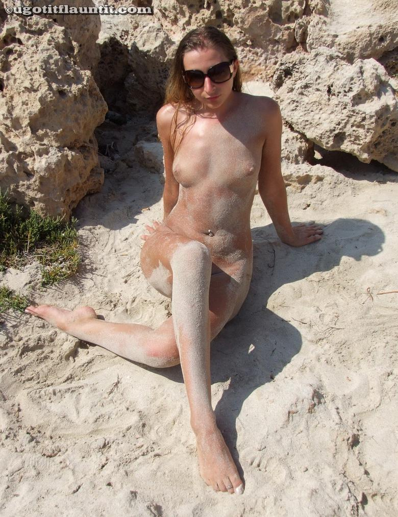 Bobbie in the sand in 18 photos from U Got It! Flaunt It! picture 15