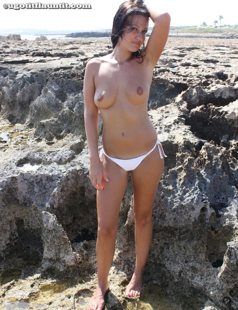 Debbie topless on the beach in 15 photos from U Got It! Flaunt It! picture 13