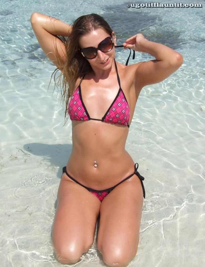 Bobbie in the sand in 18 photos from U Got It! Flaunt It! picture 4