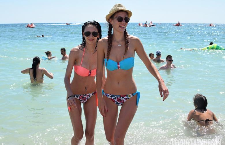 Paula & Ingrid topless on the beach in 15 photos from U Got It! Flaunt It! picture 5