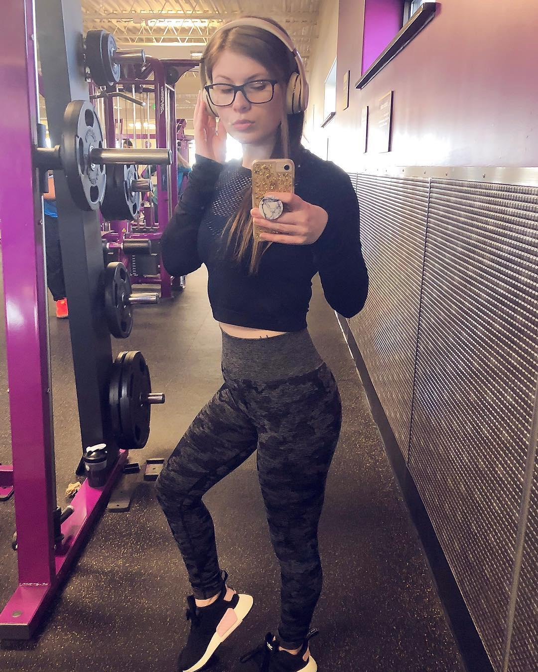 super cute nerdy chick with some hot selfies posing in gym picture 7