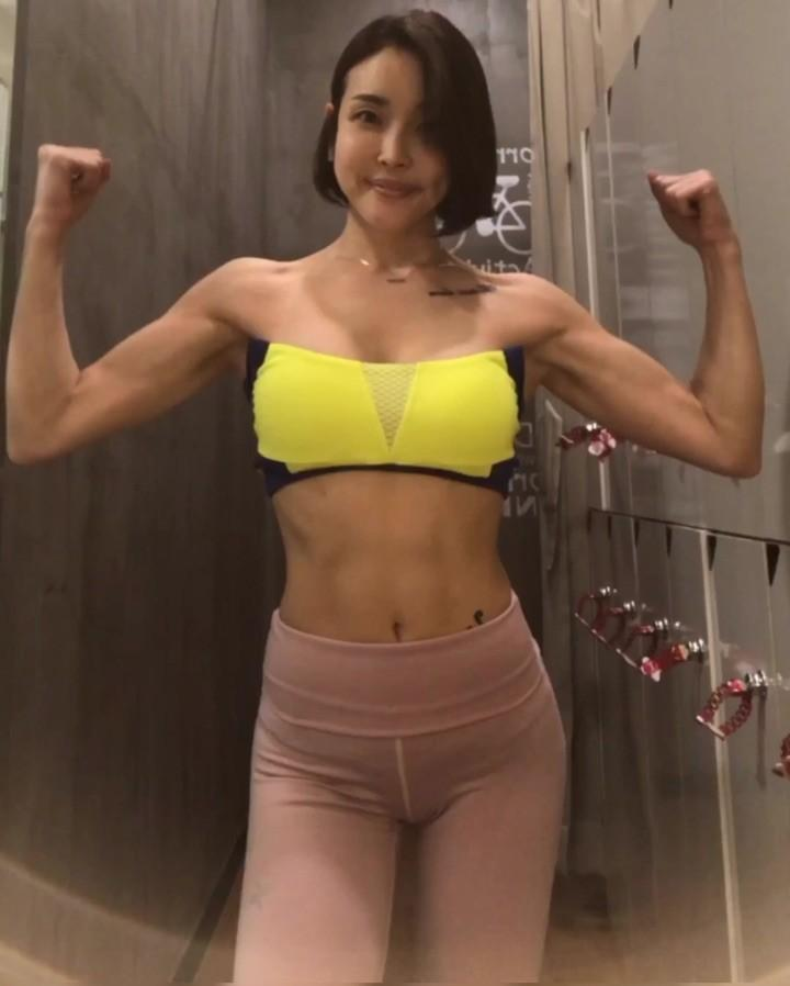 pretty korean gymshark with some hot leaked lingerie shootings picture 11