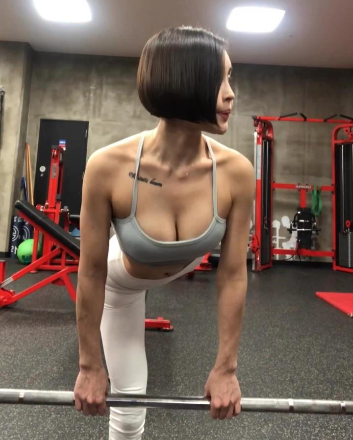 pretty korean gymshark with some hot leaked lingerie shootings picture 3