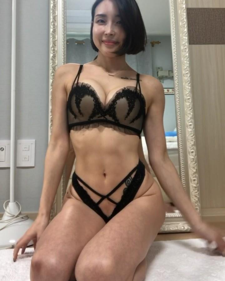 pretty korean gymshark with some hot leaked lingerie shootings picture 4