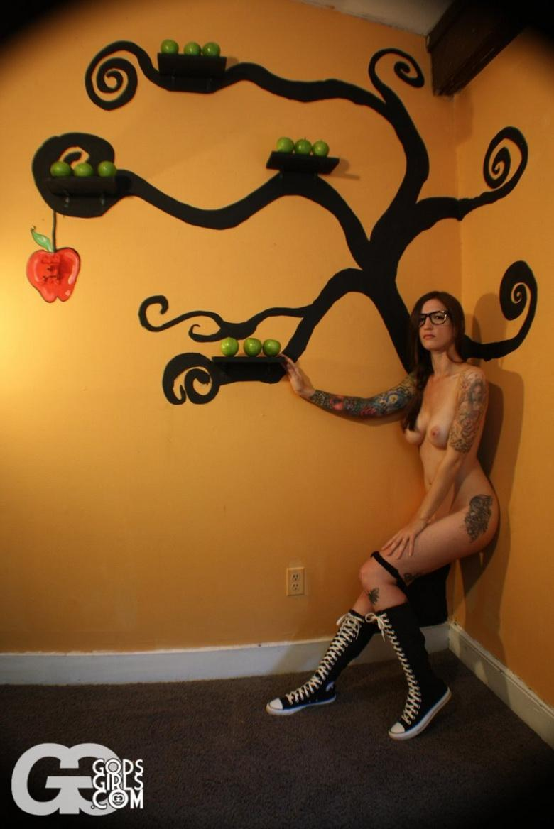 The Apple Doesnt Fall Far From The Tree in 15 photos from Gods Girls photo 11