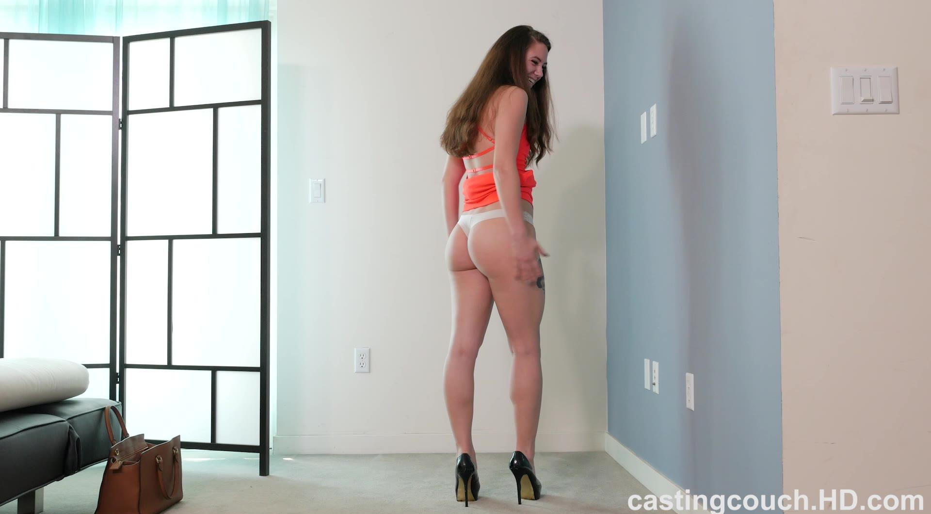 Hot PAWG Scarlett puts out on the casting couch | Coed Cherry photo 15