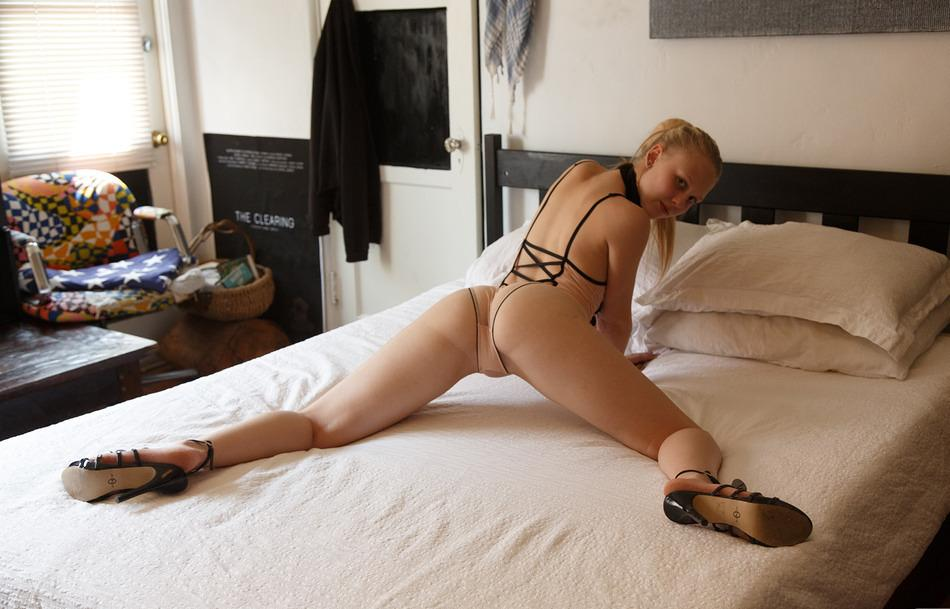 Lily Rader Choking On Blonde selfie shoot from Zishy photo 6