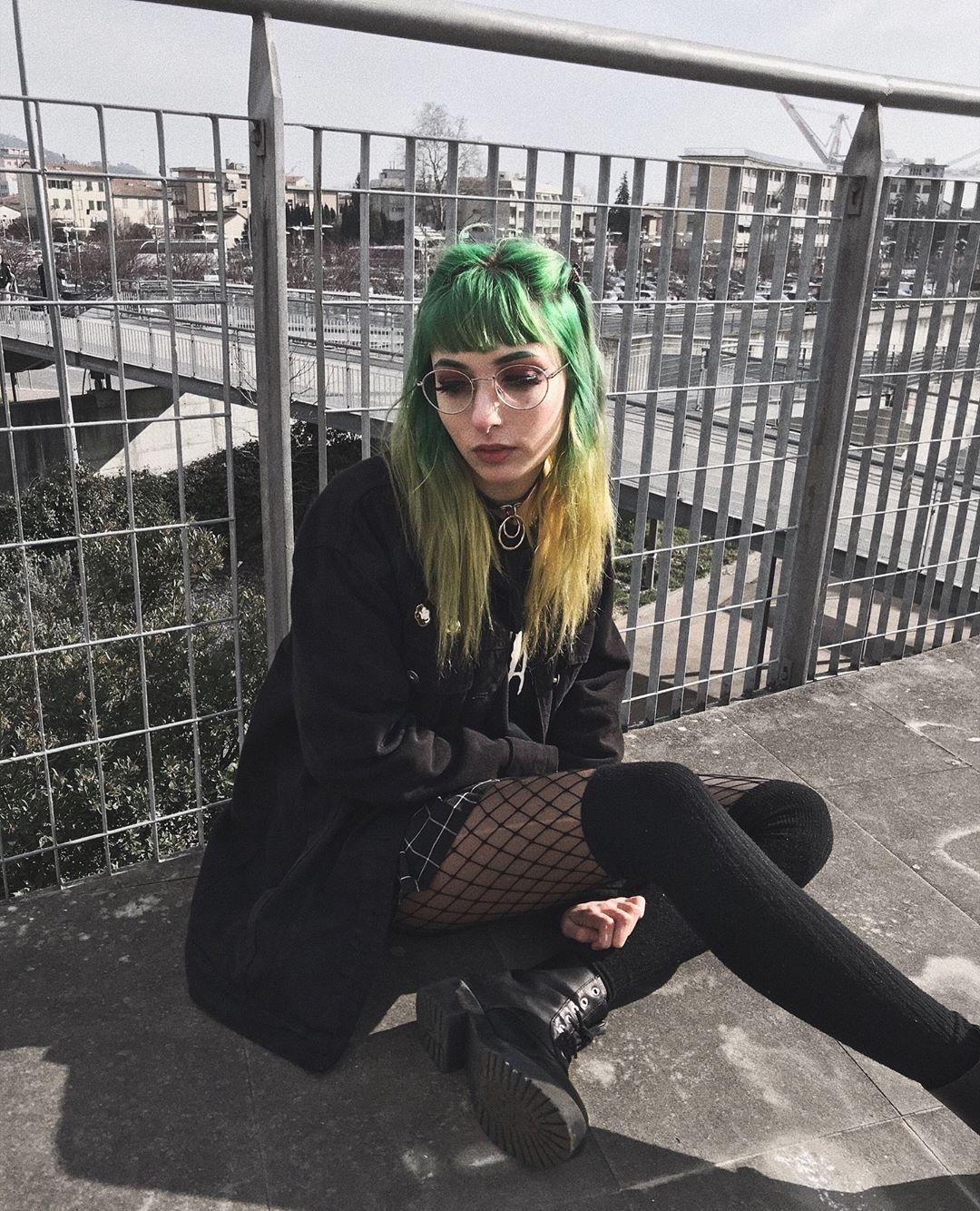 lush alt cutie with green hairy posting some impressions of her day to day life picture 3