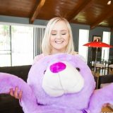 she is not the first girl to be deflowered by her teddybear picture 6