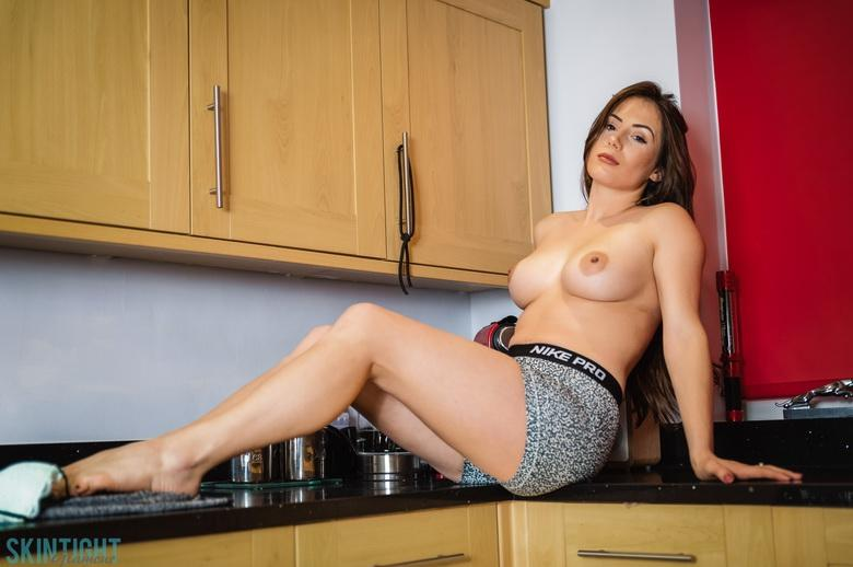 Kitchen Cutie Laura Hollyman in 15 photos from Skin Tight Glamour photo 12