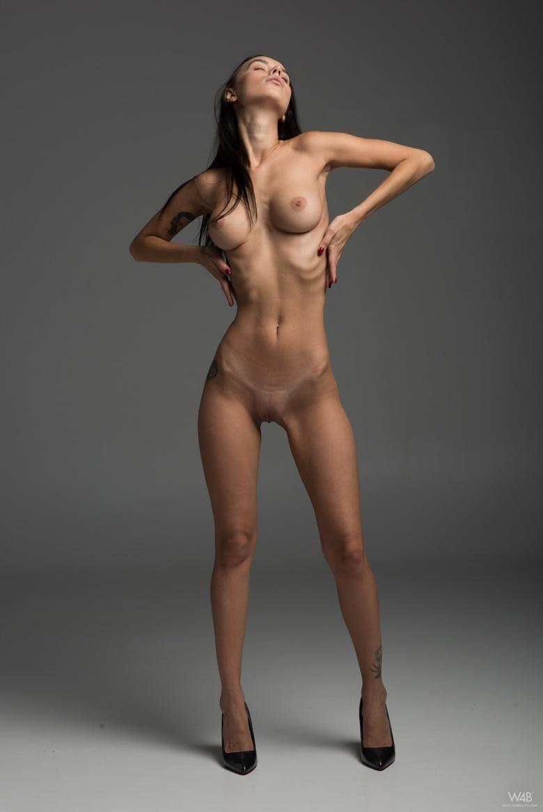 Frey from Ukraine in 18 photos from Watch 4 Beauty photo 6