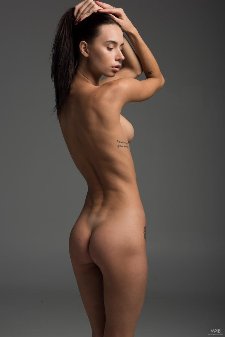 Frey from Ukraine in 18 photos from Watch 4 Beauty photo 12