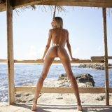 francy from hegre art doing great selfies of her perfect model body during a trip to the caribic picture 14